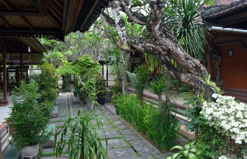 Hotel Jati & Homestay Sanur - Rxterior