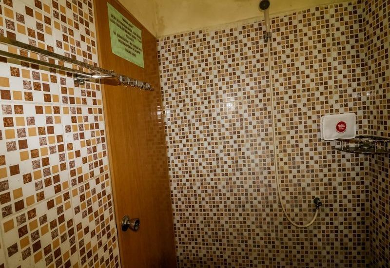 NIDA Rooms Medan Istana Maimun Indah Medan - Kamar mandi