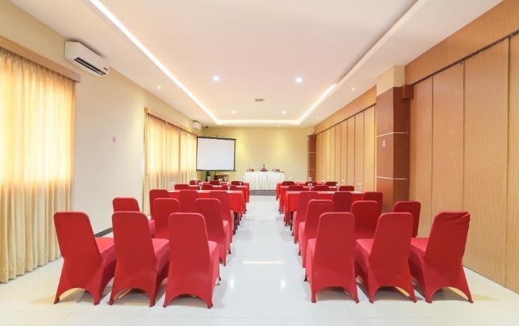 Hotel Artha Kencana Makassar - Interior