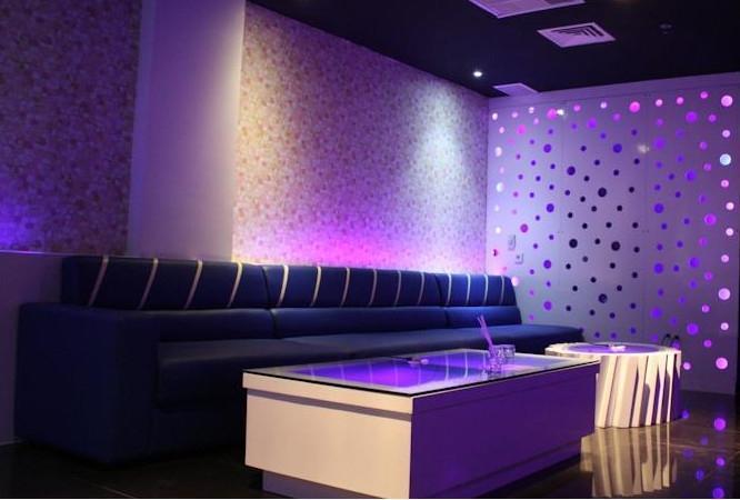 D Maleo Hotel Makassar - Interior
