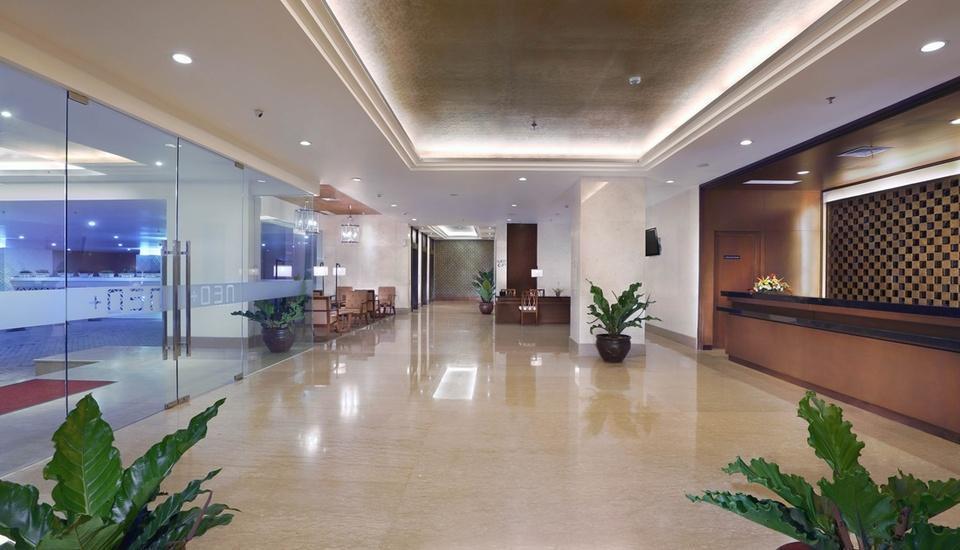 Neo+ Awana Yogyakarta - Lobby
