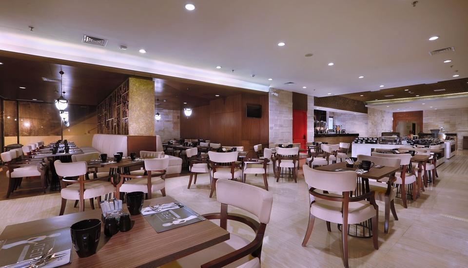 Neo+ Awana Yogyakarta - Restaurant