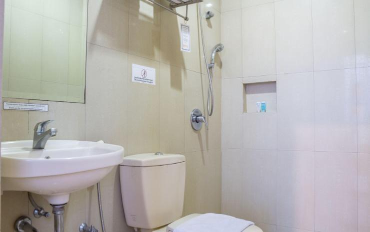 Palace Inn Medan - Kamar mandi