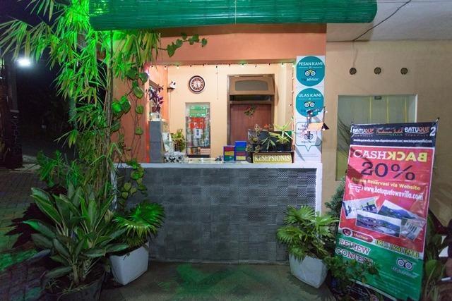 Villa Panderman Indah Malang - receptionist
