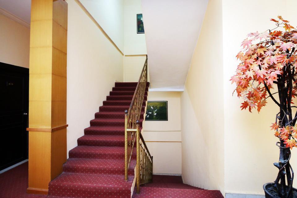 Airy Korumba Malik Raya 22V Kendari - Stairs