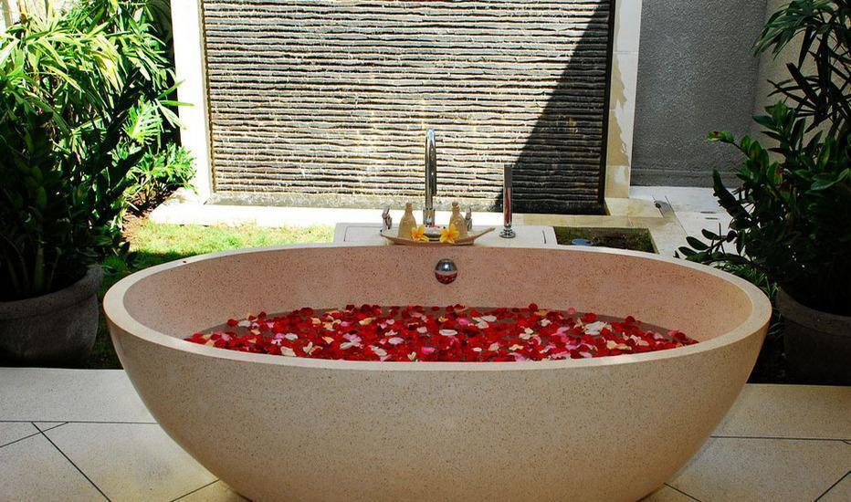 Villa Zanissa Bali - Flower Bath