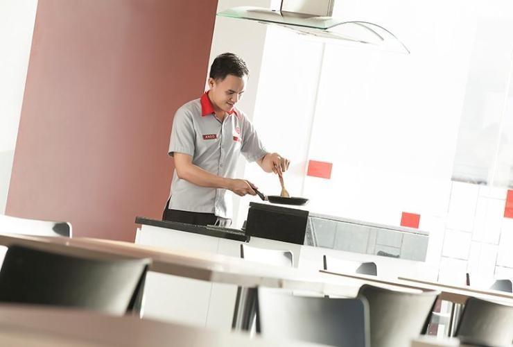 Amaris Hotel Gorontalo - RESTAURANT
