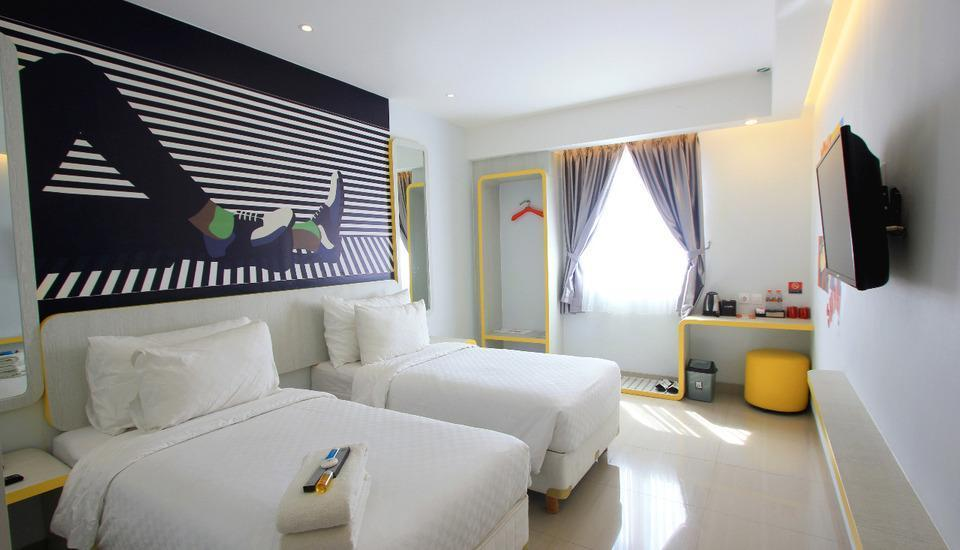 Uniq Hotel Jogja - Deluxe Twin Room only Regular Plan