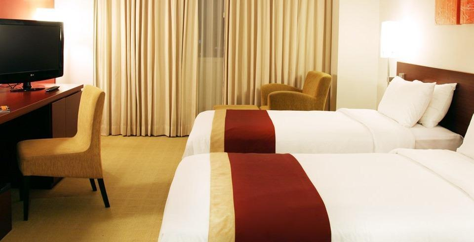 Java Paragon Surabaya - Executive Floor Deluxe Save 10%