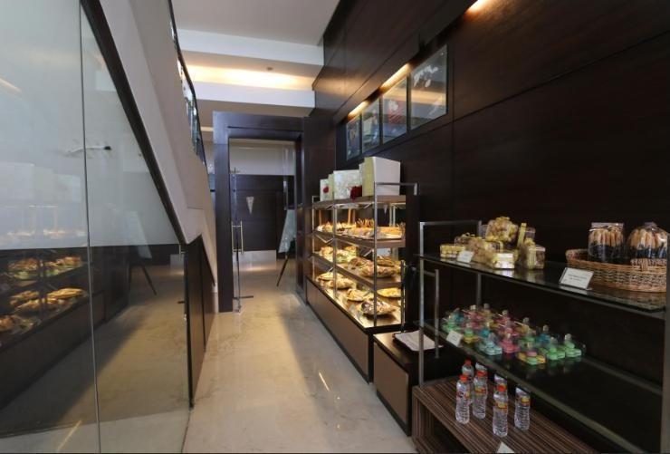 Java Paragon Surabaya - Cake & Bakery Shop