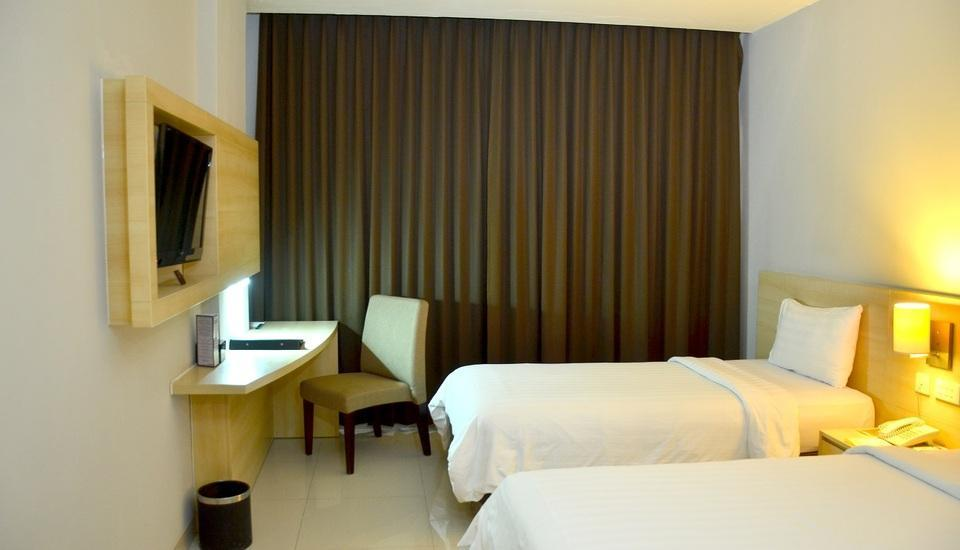 Hotel Horison Malang - Cakra Club Twin Regular Plan