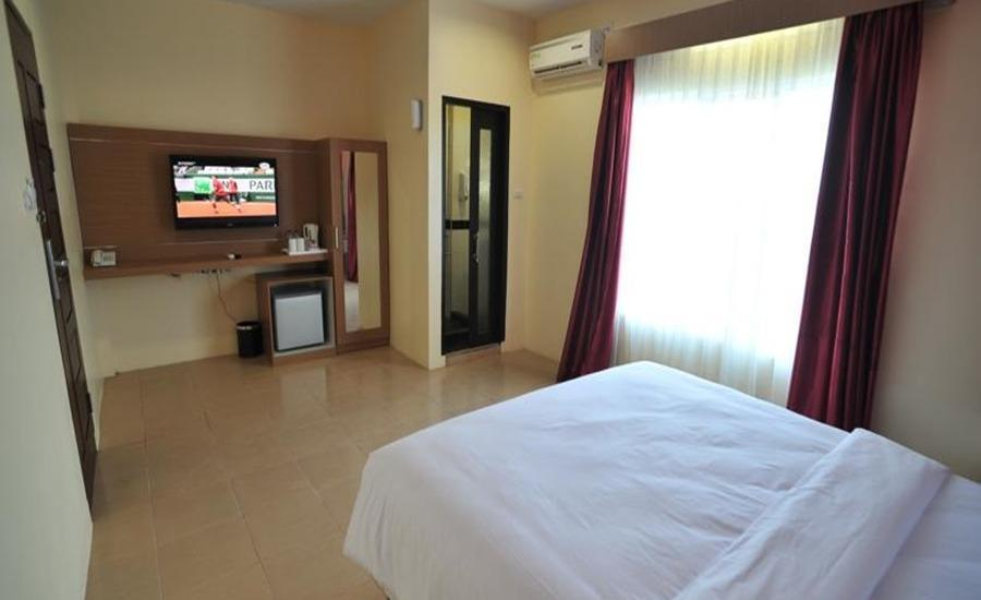 Kampung Wisata Tiga Dara Hotel & Resort Pekanbaru - Deluxe Room With Breakfast Regular Plan