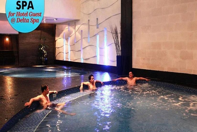 Grand Delta Hotel Medan - Kolam Renang