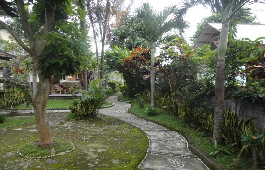 Detri Inn Bali - Taman