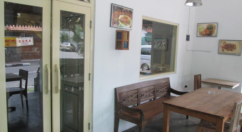 Hotel Mawar Asri Yogyakarta - Eksterior