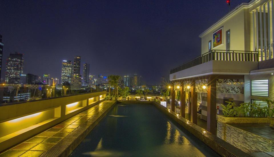 Takes Mansion Hotel Jakarta - KOLAM RENANG