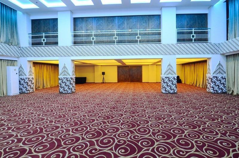 Takes Mansion Hotel Jakarta - BALLROOM