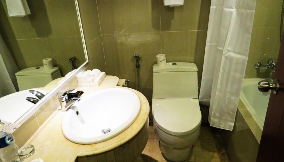 Aston Semarang - Kamar mandi