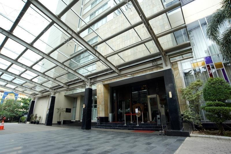 The Arista Hotel Palembang - Pintu Masuk