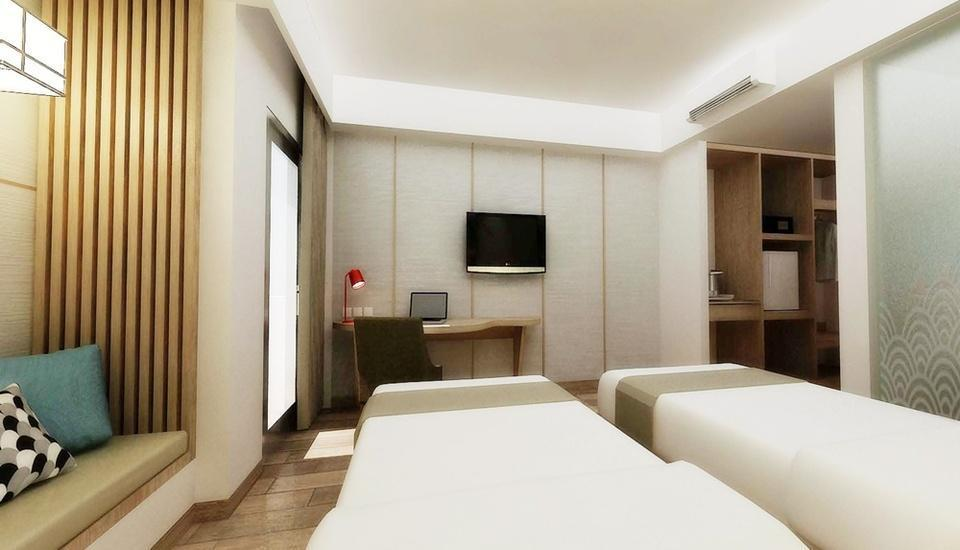 Hotel Santika Mega City Bekasi - Deluxe Room Twin Regular Plan
