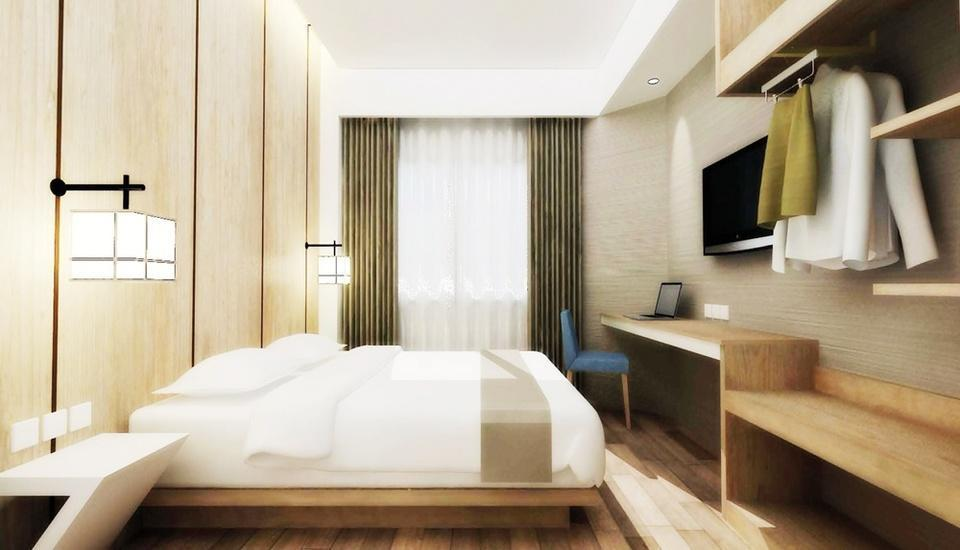 Hotel Santika Mega City Bekasi - Premiere Room King Regular Plan