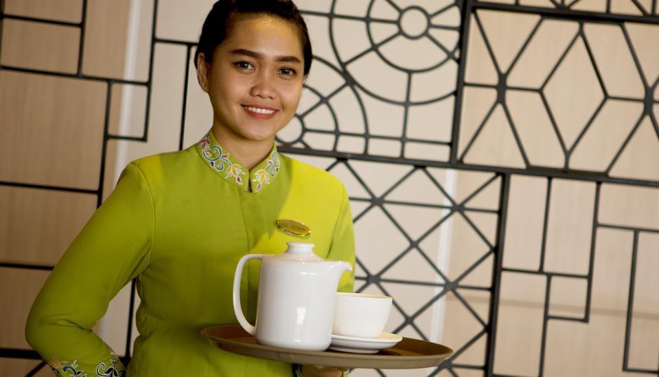 Hotel Santika Mega City Bekasi - Service