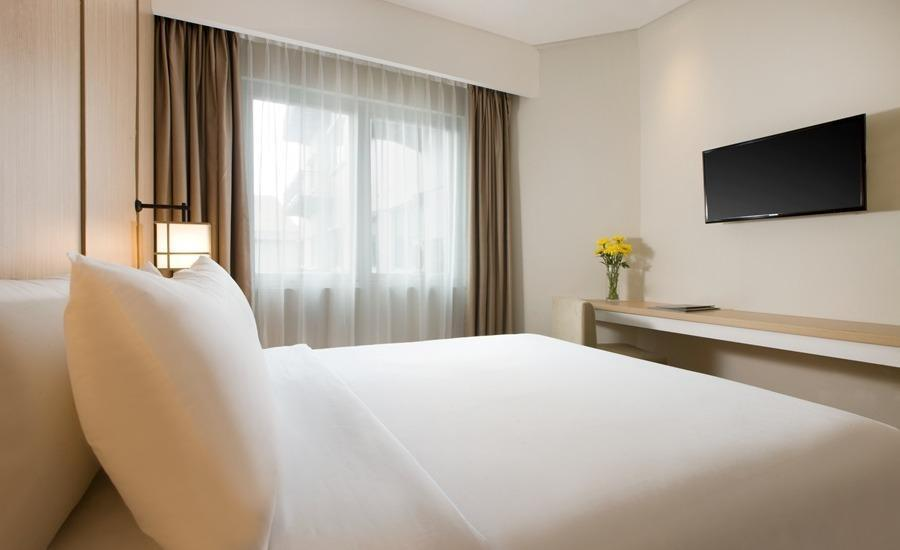 Hotel Santika Mega City Bekasi - Family Room King - Bedroom