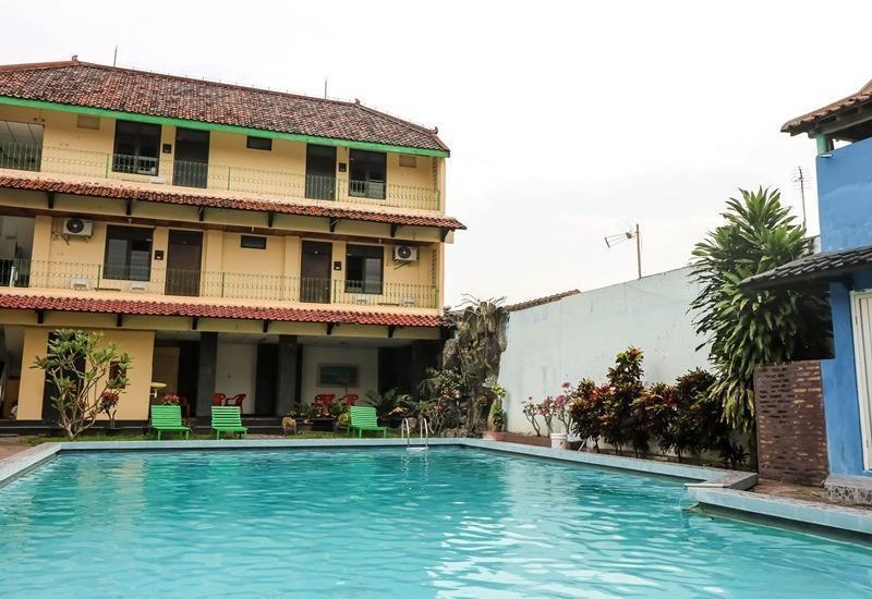 NIDA Rooms South Alun-Alun Kraton 2 Jogja - Kolam Renang
