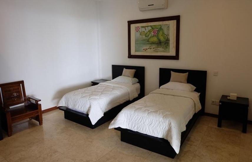 Villa Indah Batu Layar Lombok - Deluxe Twin Villa Regular Plan