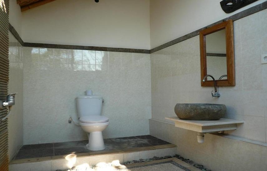 Wawa Wewe Rock Bali - Kamar mandi