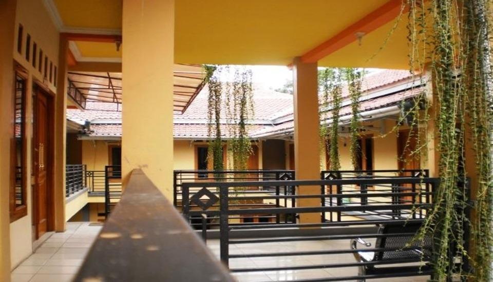 Bydiel Hotel Cianjur - Exterior