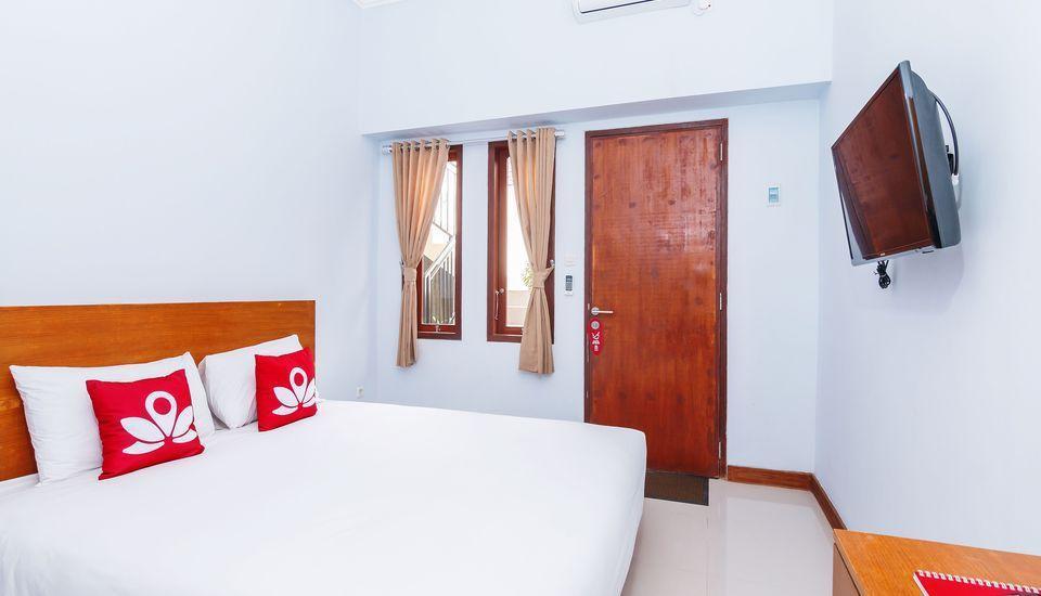 ZEN Rooms Batu Bolong Canggu - Tampak keseluruhan