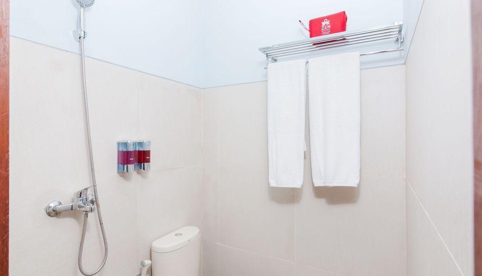 ZEN Rooms Batu Bolong Canggu - Kamar mandi