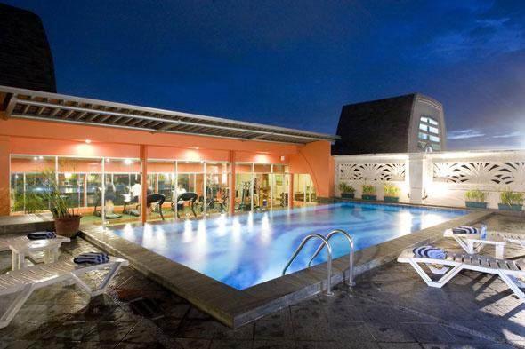 Arion Swiss Belhotel Kemang - Kolam Renang