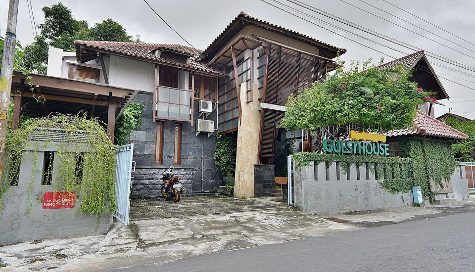 ZEN Premium Tegal Panggung Danurejan Yogyakarta - Tampak luar