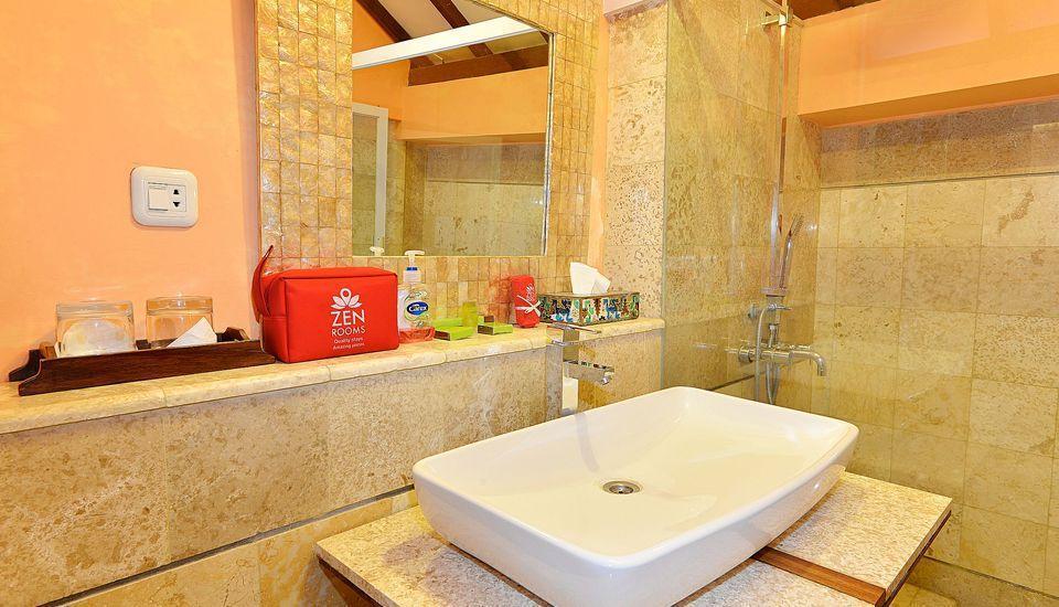 ZEN Premium Tegal Panggung Danurejan Yogyakarta - Kamar mandi