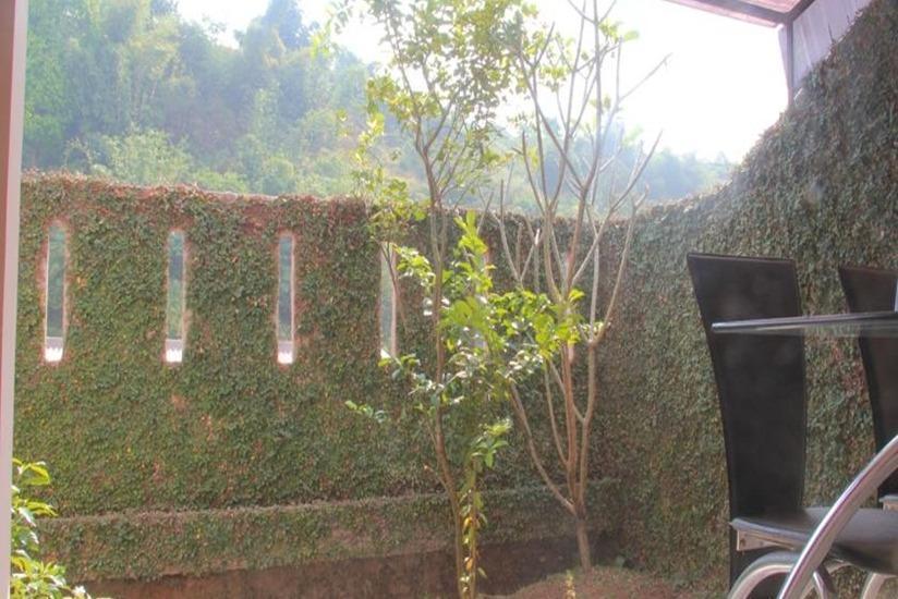 Villa Ruga Bandung - Taman