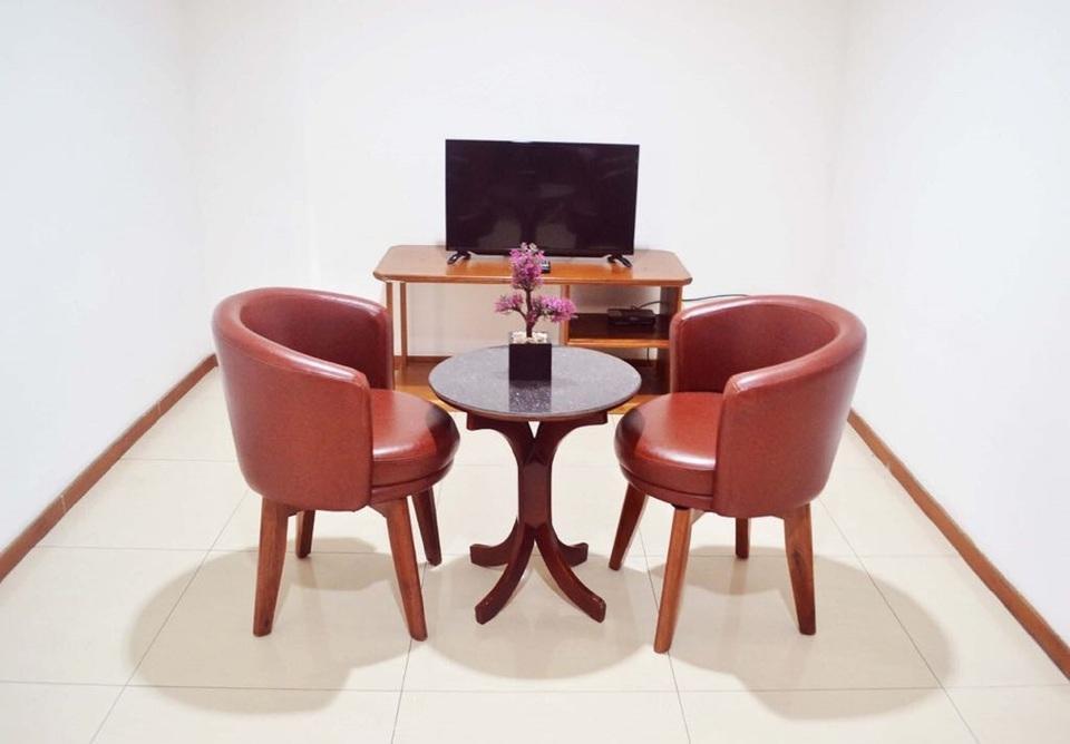 Newton Residence Jakarta - Sitting Room