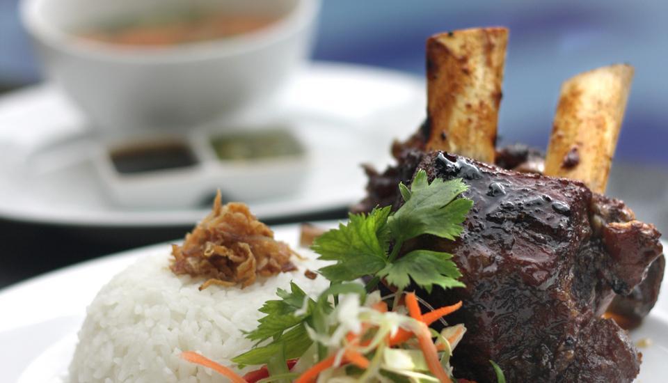 Quin Colombo Hotel Yogyakarta - Iga bakar saus Madu
