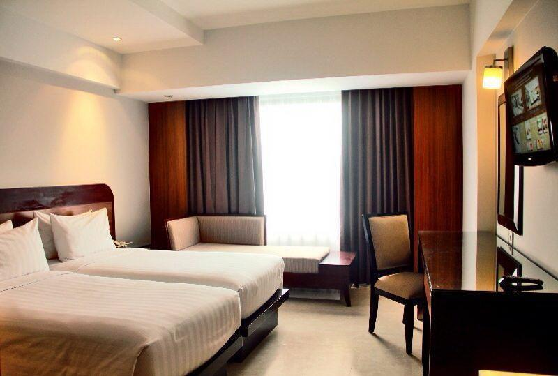 Hotel Santika Semarang - Deluxe Room Twin Regular Plan