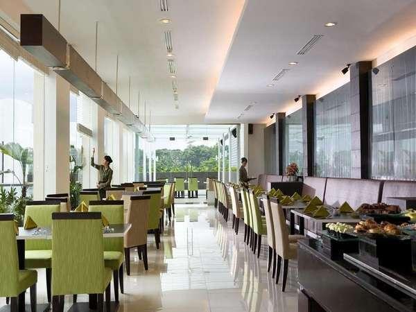 Hotel Santika Bogor - Restoran