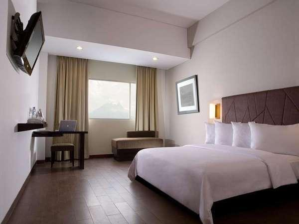 Hotel Santika Bogor - Superior Room Queen Regular Plan
