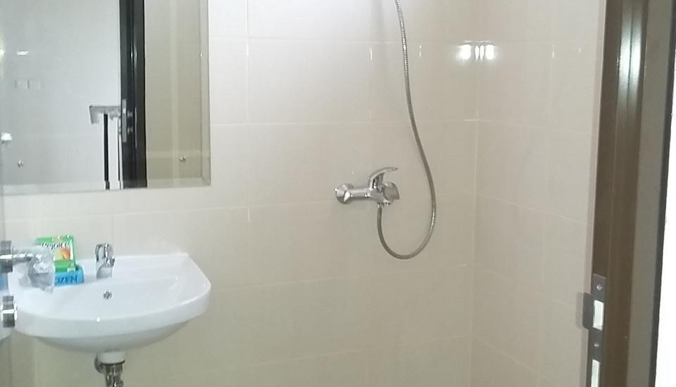 Araya Vacation Home BSD City South Tangerang - kamar mandi dalam