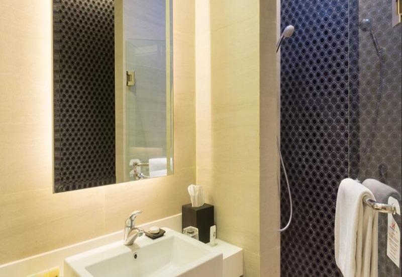 Swiss-Belhotel Tuban - Kamar mandi