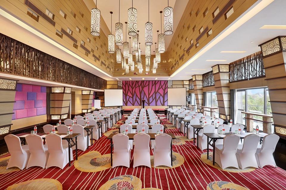 Swiss-Belhotel Tuban - Banjar Ballroom