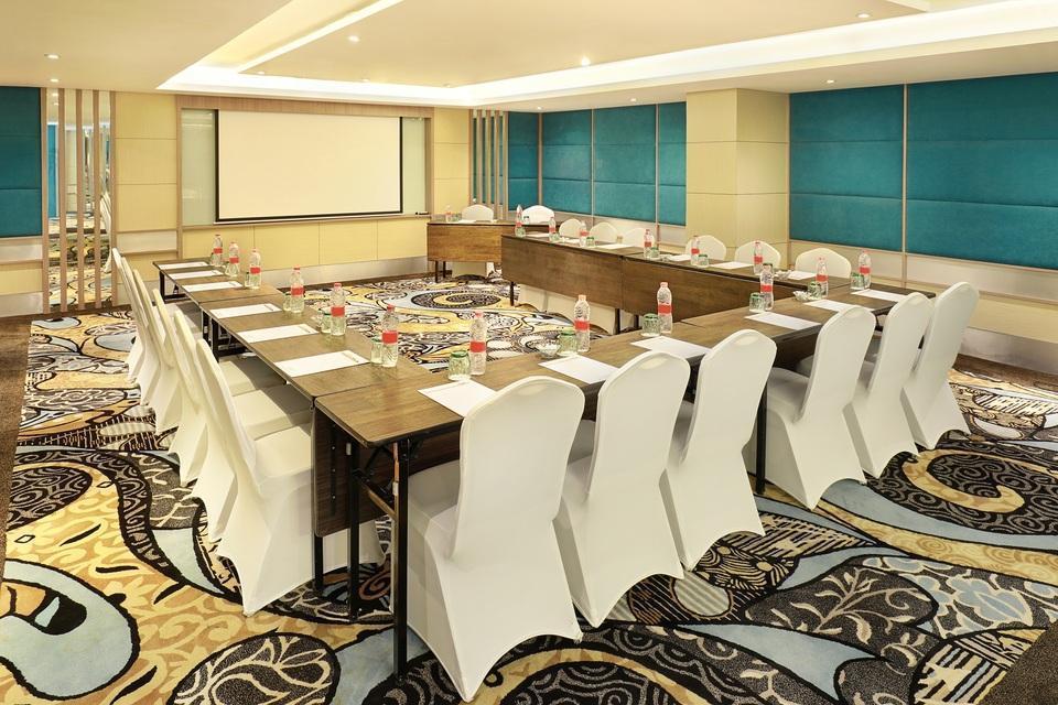 Swiss-Belhotel Tuban - Samuan Meeting Room
