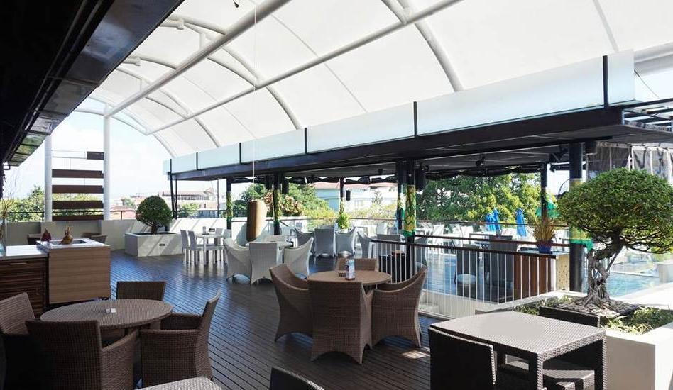 J4 Hotels Legian - restaurant