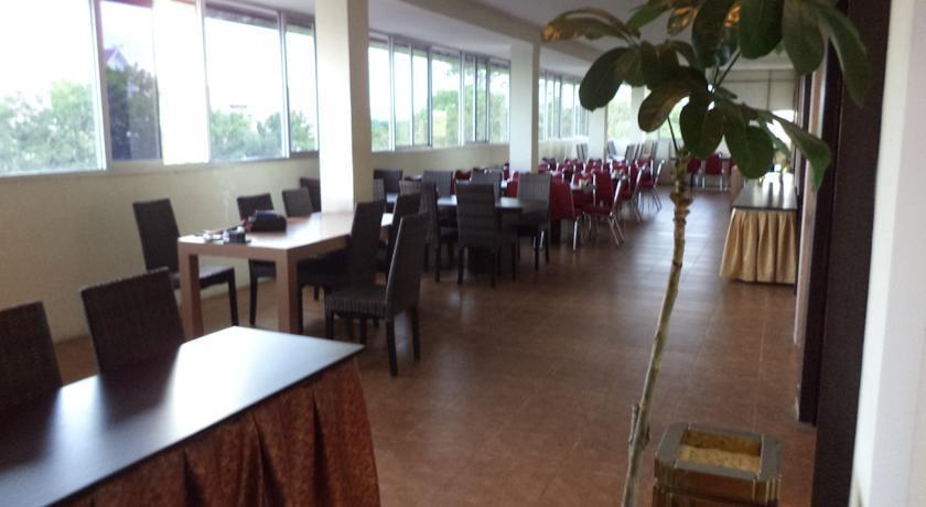 Drego Hotel Pekanbaru - (10/June/2014)