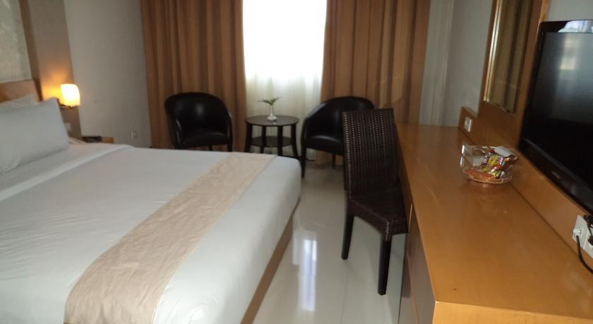 Drego Hotel Pekanbaru - Deluxe Room Only Regular Plan