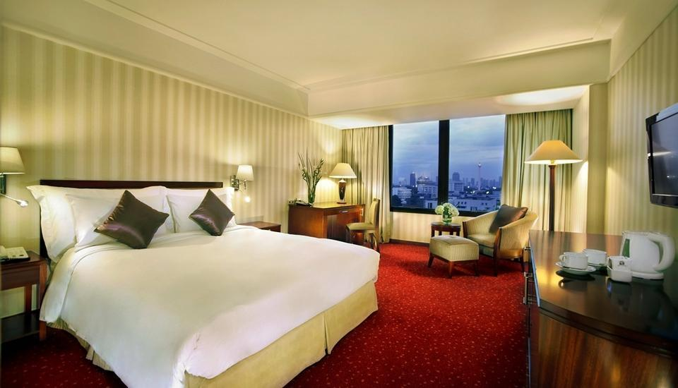 Redtop Hotel & Convention Center Jakarta - Superior Room (No Breakfast) Daily Deals